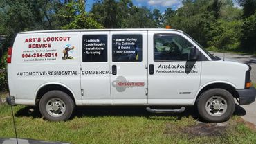 Art's Lockout Service Van